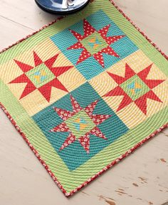 "Meet the  ""Vintage Quilt Revival"" Quilts: Twinkle Mini"