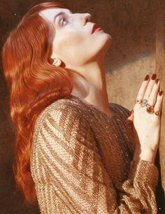 Florence Welch beautiful hair, beautiful face, beautiful voice