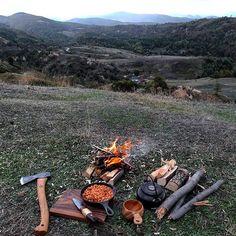 Breakfast. Morning... #trekking #hiking #wood #woodsman #outdoor #modernoutdoorsman #camp #camping #bushcraft #turkey #mountain #mountains #backpacking #wild #wildlife #outdoor #outdoorcooking #nature #mothernature #outdoorlife #mountainlife #naturelovers #gransforsbruks #condor #instanature #jagermeister #instacool