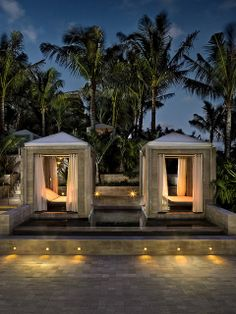 The St. Regis Bal Harbour Resort—Oasis Cabana