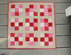 I want to make this but I need is a sewing machine!!!    Nine Patch Mini Quil from Diary of a Quilter