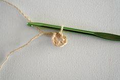 DMMU: Gratis haakpatroon: Boodschappen-netje! Chrochet, Arrow Necklace, Hair Accessories, Knitting, Jewelry, Bags, Bricolage, Crochet, Tricot