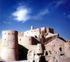 Arge Bam Castle  Location: Bam, Iran   When built: 500 BC; Height: 20м; Square size: 180.000 m2