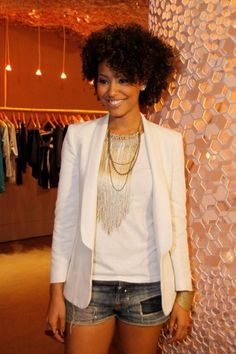 Sheron Menezes (Like what you see? Follow me no1fashionista for what's new in fashion, fierce styles and hot people)