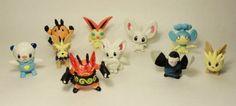 Pokemon Figure Lot of 10 Random 1-3 Inch Characters by Pokemon, http://www.amazon.com/dp/B002Y32D92/ref=cm_sw_r_pi_dp_hL92qb1JMN9FV