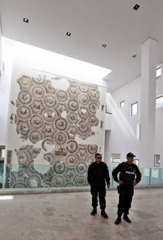Tra le righe...: Arrestato il leader del commando della strage al museo Bardo