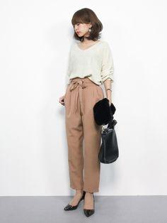 r.p.sのニット・セーター「片畦ラメボリューム袖Vネック長袖ニットプルオーバー」を使ったeriko(ZOZOTOWN)のコーディネートです。WEARはモデル・俳優・ショップスタッフなどの着こなしをチェックできるファッションコーディネートサイトです。