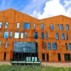 Amsterdam University College, by Mecanoo architecten Amsterdam University, University College, Netherlands, Dutch, Multi Story Building, Facades, Architecture, Walls, Arquitetura