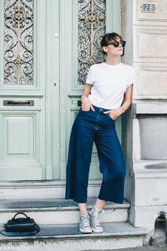 POLIENNE | wearing H&M tee, BERSHKA denim culottes, COACH bag, KOMONO sunnies & CONVERSE sneakers