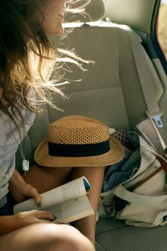 We call the back seat! #Window view #Bookworm
