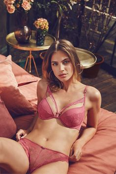 96535863276 Lace and tulle push-up bra and lace panties. Pretty Bras, Lingerie  Collection