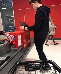 Quien no quisiera toparse con Chon en un centro comercial