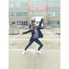 """IM REALLY HERE!! NEVER THOUGHT ID FILM AT THE ACTUAL """"High School Musical"""" HIGH SCHOOL AGHHHHH"""