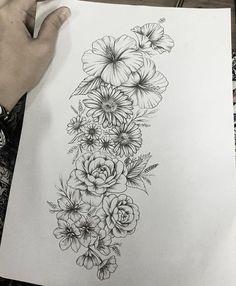Flower Tattoos Back Delicate Flower Tattoo, Realistic Flower Tattoo, Vintage Flower Tattoo, Flower Tattoo Back, Small Flower Tattoos, Flower Tattoo Shoulder, Flower Sleeve Tattoos, Mandala Flower Tattoos, Tattoo Sleeves