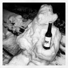 """schmeckt eiskalt am besten #biermann #bier #BIERbier #berlinstagram #winter #schnee"""