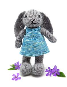This is so adorable!  Ravelry: Well-Dressed Bunny pattern by Barbara Prime