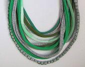 Custom Made Baby maglia amichevole Maglia collana con Toggle e Loop (allattamento amichevole)