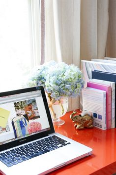 style at home: lindsay souza of the pursuit of style | theglitterguide.com.