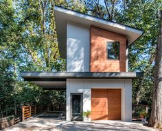 Modern Architecture Design in Charlotte, NC Small House Design, Modern House Design, Garage Apartment Plans, Casas Containers, Tiny House Cabin, Cabin Homes, Log Homes, Modern Garage, Narrow House