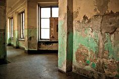 abandoned place II by ~torobala