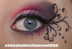 CookingChinchillas: Hot pink and black Gothic eye make up