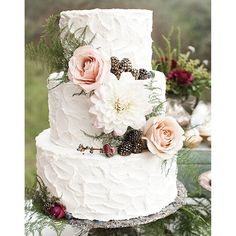 From tiers of macarons to cakes inspired by rock formations, wedding desserts come in many forms.