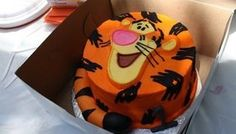 Tigger!  @Cindy Reed... look at this!  (I'll try!)