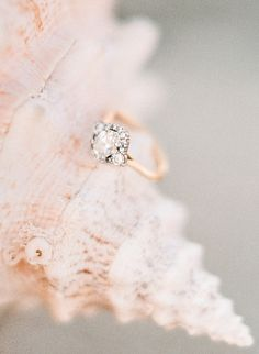 Unique engagement ring with a rose gold band |   Photography: Rebecca Yale - rebeccayaleportraits.com