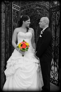 Selective coloring wedding photoshoot  http://photoshootideas.org