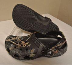 CROCS Realtree Camo Clog Shoes MEN'S SIZE 9 Women's Size 11 w/ Shark Jibbitz #Crocs #Clog