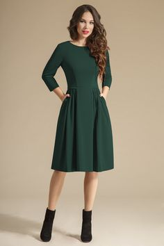 Swans Style is the top online fashion store for women. Shop sexy club dresses, jeans, shoes, bodysuits, skirts and more. Modest Dresses, Modest Outfits, Simple Dresses, Modest Fashion, Pretty Dresses, Beautiful Dresses, Dress Outfits, Casual Dresses, Fashion Dresses