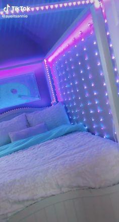 Neon Bedroom, Cute Bedroom Decor, Bedroom Decor For Teen Girls, Room Design Bedroom, Girl Bedroom Designs, Teen Room Decor, Stylish Bedroom, Room Ideas Bedroom, Dream Teen Bedrooms