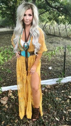Stupid shoes but love the rest of this look Country Fashion, Boho Fashion, Girl Fashion, Fashion Outfits, Womens Fashion, Cowgirl Outfits, Western Outfits, Western Wear, Western Chic