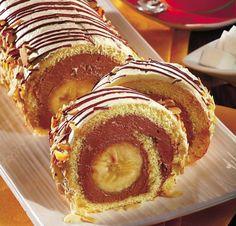 Ruladă cu cremă şi banane - Retete culinare - Romanesti si din Bucataria internationala