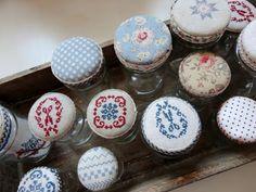 Steekjes & Kruisjes van Marijke; pincushion jar tops