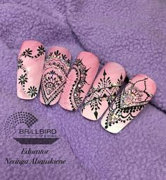 𝓢𝓮𝓿𝓲𝓮 𝓚𝓷𝓸𝔀𝓵𝓽𝓸𝓷 ♛ Henna Nails, Lace Nails, Bling Nails, Swag Nails, Gem Nails, Hair And Nails, Nail Art Arabesque, Monogram Nails, Sculpted Gel Nails