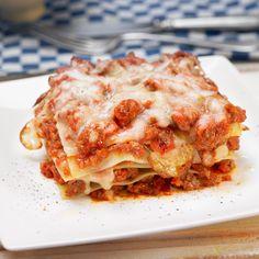 Découvrez la recette Lasagnes à la viande de boeuf hachée sur cuisineactuelle.fr.