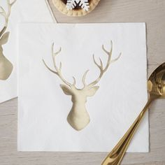 These stylish and festive gold foiled Stag paper napkins are perfect for your chic Christmas table! The gold foiled stag design really shimmers and shines, giv Gold Napkins, White Napkins, Party Napkins, Merry Christmas, Christmas Mantels, Rustic Christmas, Modern Christmas, Gold Christmas, Christmas Time