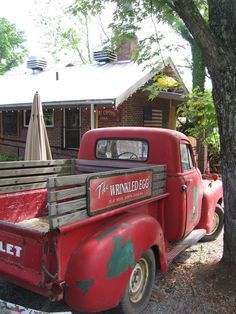 Vintage Trucks Red Chevy truck at Hubba Hubba Smokehouse - Vintage Pickup Trucks, Antique Trucks, Classic Chevy Trucks, Vintage Cars, Antique Cars, Classic Cars, Chevy Classic, Vintage Ideas, Vintage Red Truck