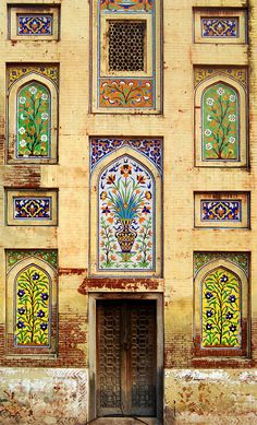 Enchanting Facade - Walled City, Lahore