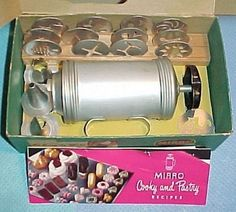 Mirro Cookie Cooky & Pastry Press 15 Tips Rack & Recipe Book Vintage 1950's    My mom had this exact set!