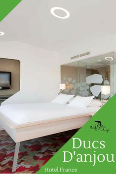 Hotel des Ducs d'Anjou is a stylish hotel in central Paris, steps from the Louvre Museum, Notre Dame, Beaubourg Modern Art Centre and the Marais district. Museum Paris, Louvre Museum, Duc D'anjou, Hotels, France, Bed, Modern, Furniture, Home Decor