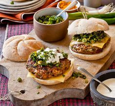 Tandoori chicken burger with spicy Indian salsa: Bollywood chicken burgers are in the house! Top the flavour-packed chicken patties with cheese, zesty salsa and a creamy topping. Yum!