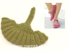 How to knit the slippers in DROPS - Tricot Pontos Easy Knitting, Knitting Socks, Knitting Stitches, Knitting Patterns Free, Crochet Patterns, Free Pattern, Drops Design, Crochet Socks, Crochet Clothes