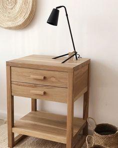 Interior Home Design Trends For 2020 - New ideas Solid Wood Furniture, Home Decor Furniture, Furniture Projects, Diy Home Decor, Furniture Design, Bedside Table Design, Corner Table, Woodworking Furniture, Bedroom Decor