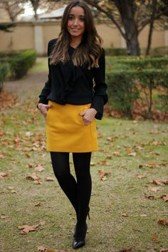Discover and organize outfit ideas for your clothes. Decide your daily outfit with your wardrobe clothes, and discover the most inspiring personal style Yellow Skirt Outfits, Pencil Skirt Outfits, Winter Skirt Outfit, Estilo Fashion, Look Fashion, Winter Fashion, Capsule Wardrobe Casual, Mustard Yellow Skirts, Fall Outfits