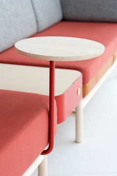 All about Pop Latop Table by Gärsnäs on Architonic. Find pictures & detailed information about retailers, contact ways & request options for Pop Latop Table here! Modular Furniture, Modular Sofa, Table Furniture, Office Furniture, Home Furniture, Furniture Design, Traditional Office, Classic Sofa, Poufs