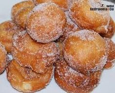 Buñuelo A buñuelo is not a doughnut, it is a fried dough ball. It is a popular snack in Argentina, Bolivia, Colombia, Cuba, Guatemala, Mexico, Peru, Puerto Rico, Spain, Turkey, Greece, and Morocco, and is a tradition at Christmas, Ramadan, and among Sephardic Jews at Hanukkah. Wikipedia