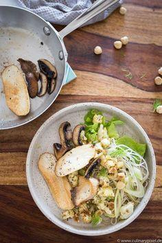 Glasnudelsalat mit Fenchel, geröstetem Blumenkohl und gebratenen Pilzen