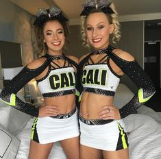 If you're looking for hairstyles that will allow you to comfortable when you are doing Cute Cheer Pictures, Cheer Picture Poses, Cheerleading Pictures, Cheerleading Outfits, Team Pictures, Cheer Pics, Cheer Stuff, Coaching Volleyball, Volleyball Drills